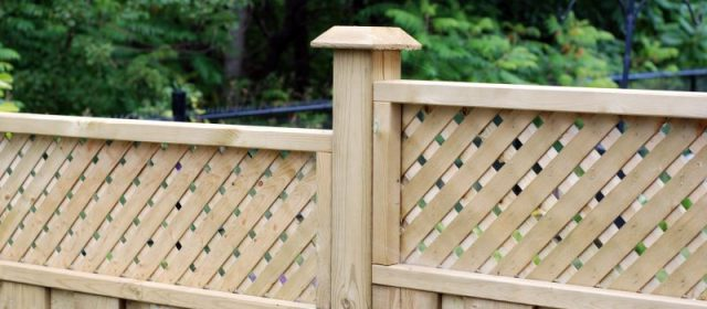 Understand Key Factors When Choosing Fencing Products