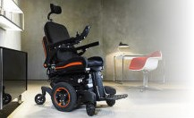 Scooters VS Wheelchairs: Why Are Mobility Scooters Better?